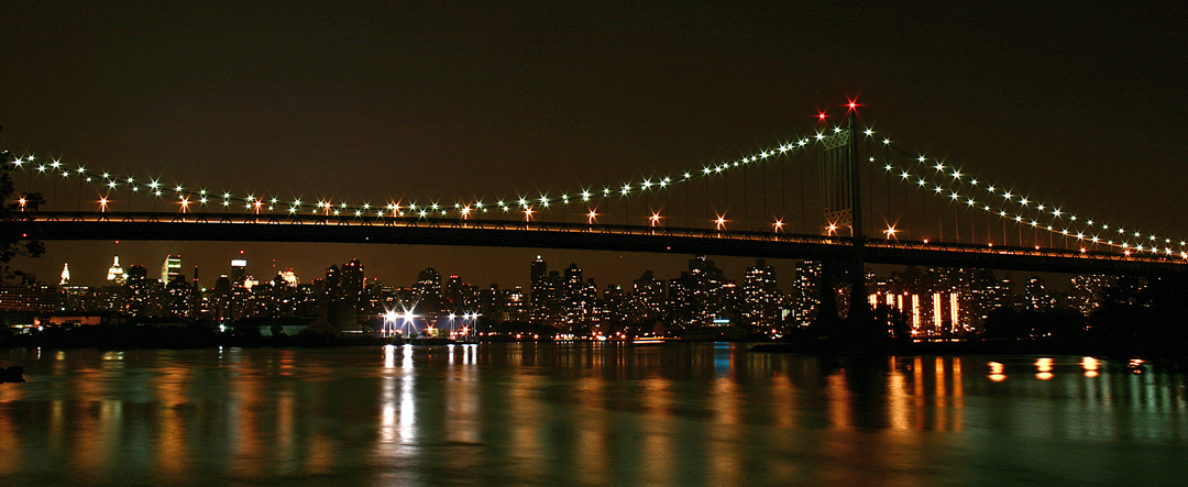 Astoria Park at Night (Photographer: David Torres)